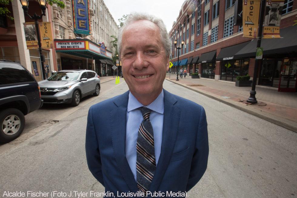 -Alcalde Fischer (Foto J.Tyler Franklin-Louisville Public Media