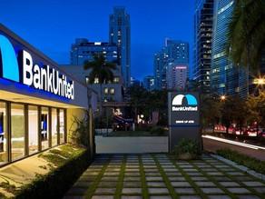 Un segundo banco de Florida le cierra las cuentas al expresidente Trump