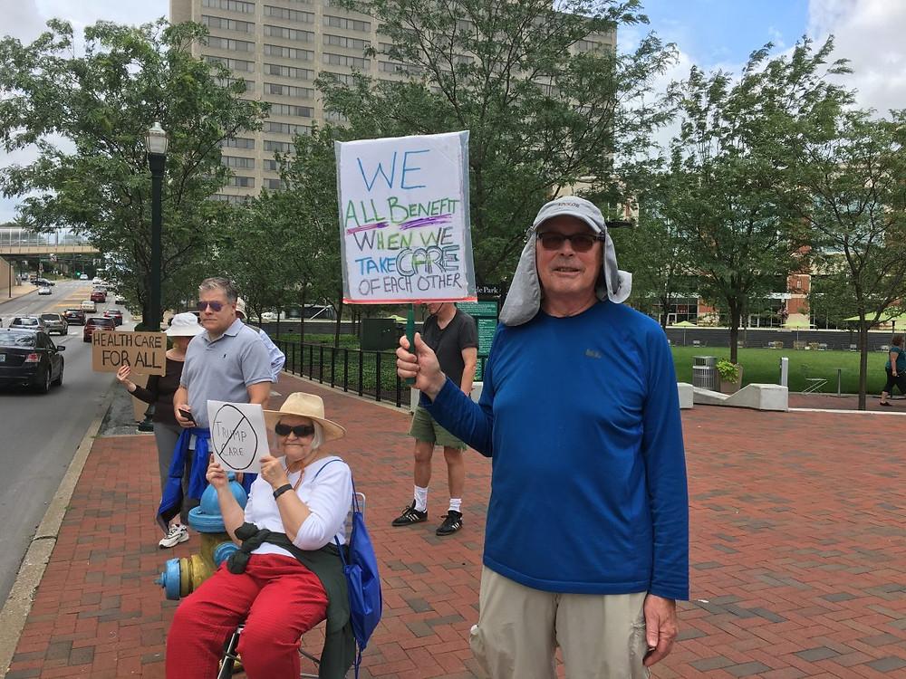 Una de las protestas sobre la salud . Foto Mary Meehan, Ohio Valley Resource.