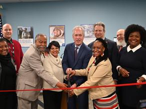 La oficina del Censo 2020 celebra  inauguración en Louisville