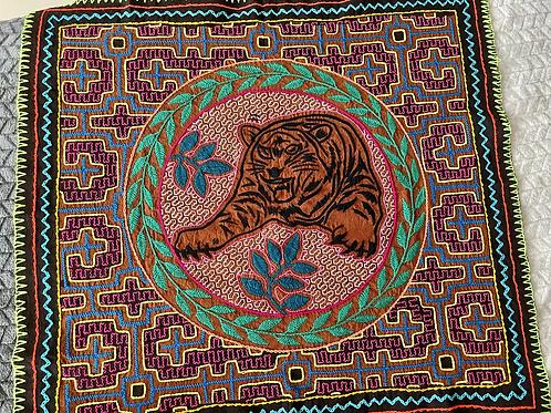 Shipibo Handmade - Tigre'  /Protection