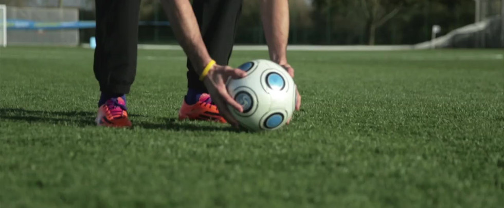 Lucozade Sport | Gareth Bale Free Kick Tutorial