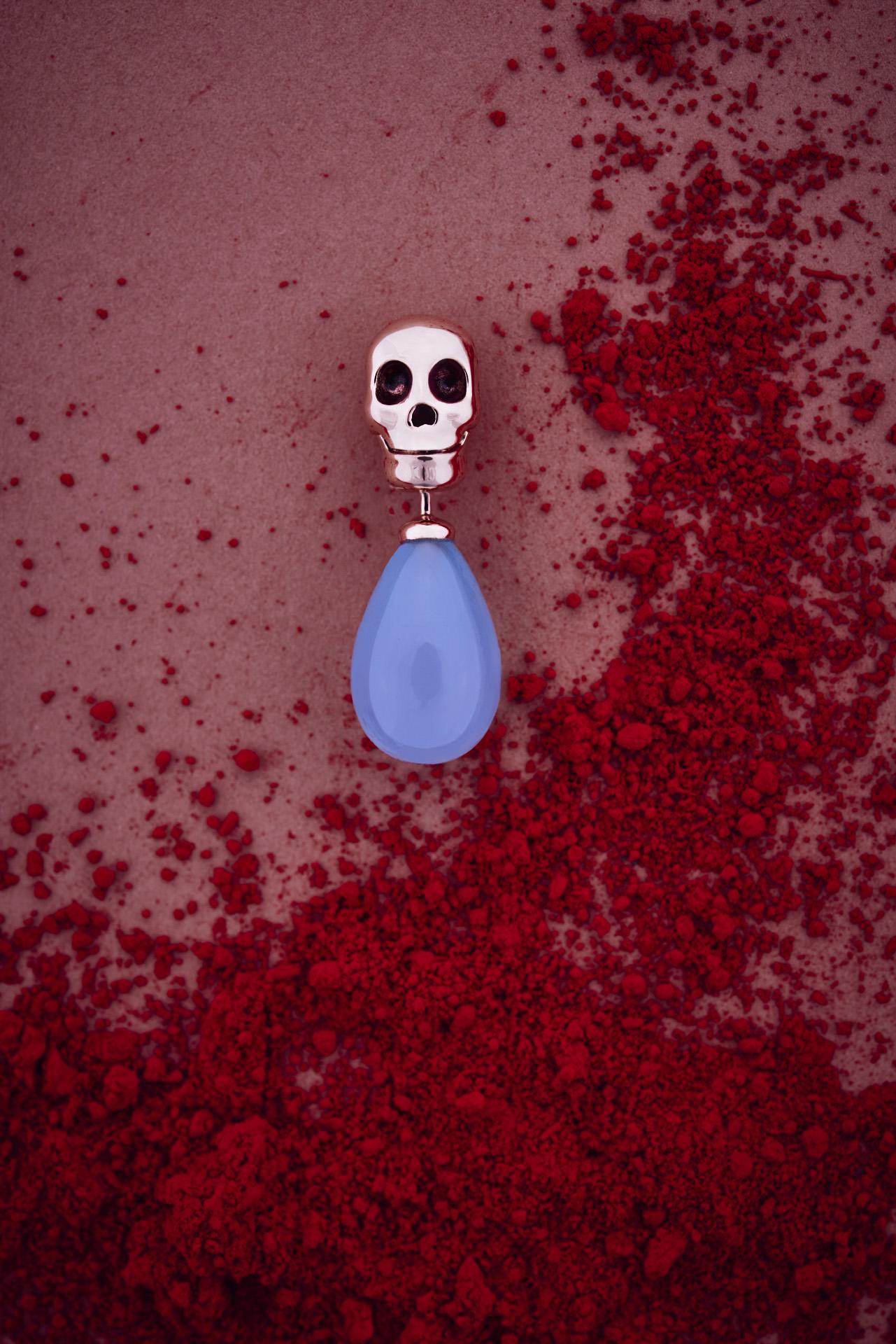 LINA BAUMGARTEN Skull chalcedon sea-blue