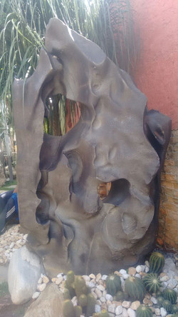 Pedras Esculturais e Montagem de Vas