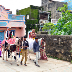 Kartik weds Kajal Jaan Vidai  (33).JPG