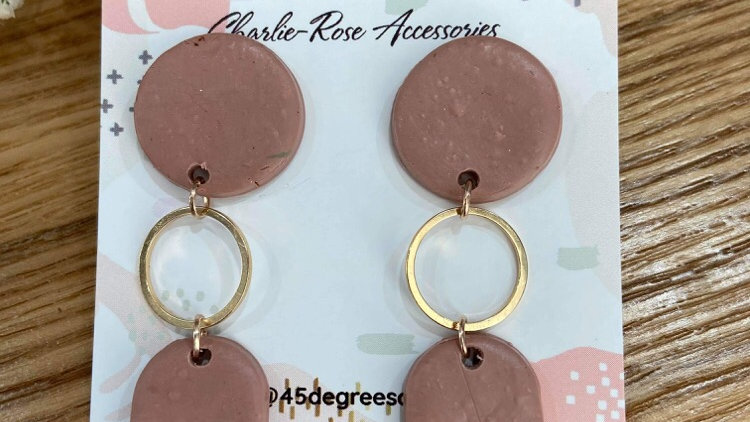 Nude pink gold rounds