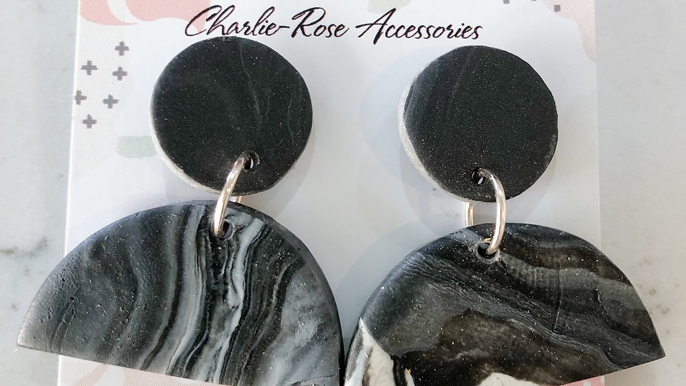 Half circle drop earring marbled black/white/plain