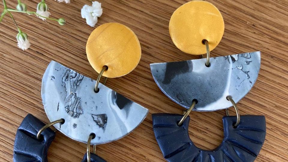 Navy/mustard yellow 3 tier drop (textured)