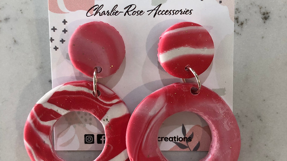 Full circle drop earrings - Pink/white marbled