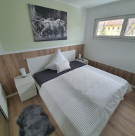 großes Schlafzimmer.jpg
