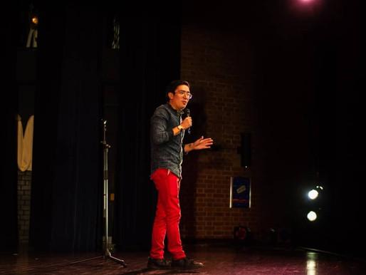 Oliver España: cada vez que uno hace reír a los demás se siente muy bonito