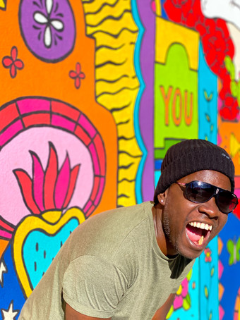 Frank Iva Enjoying Street Art