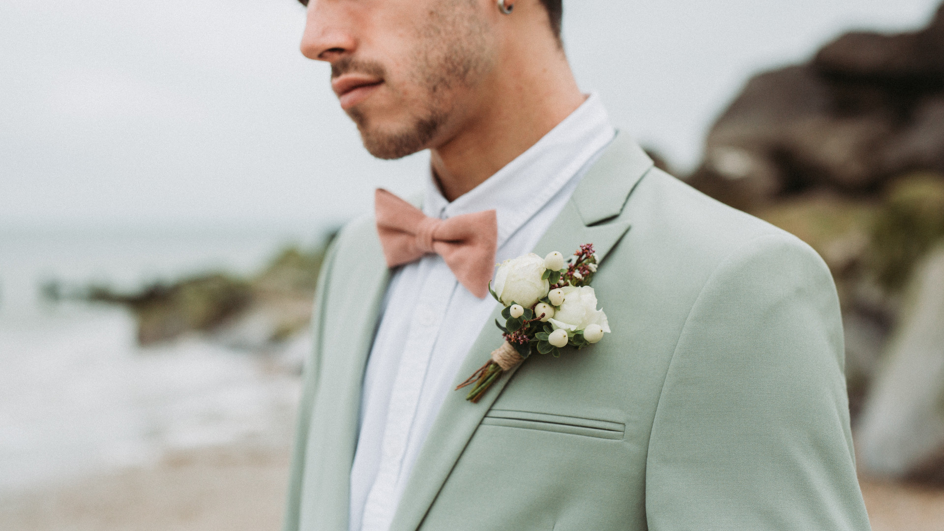 The Floral Artisan - Groom's Buttonhole