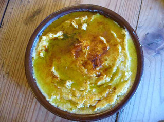 Quick and easy Hummus