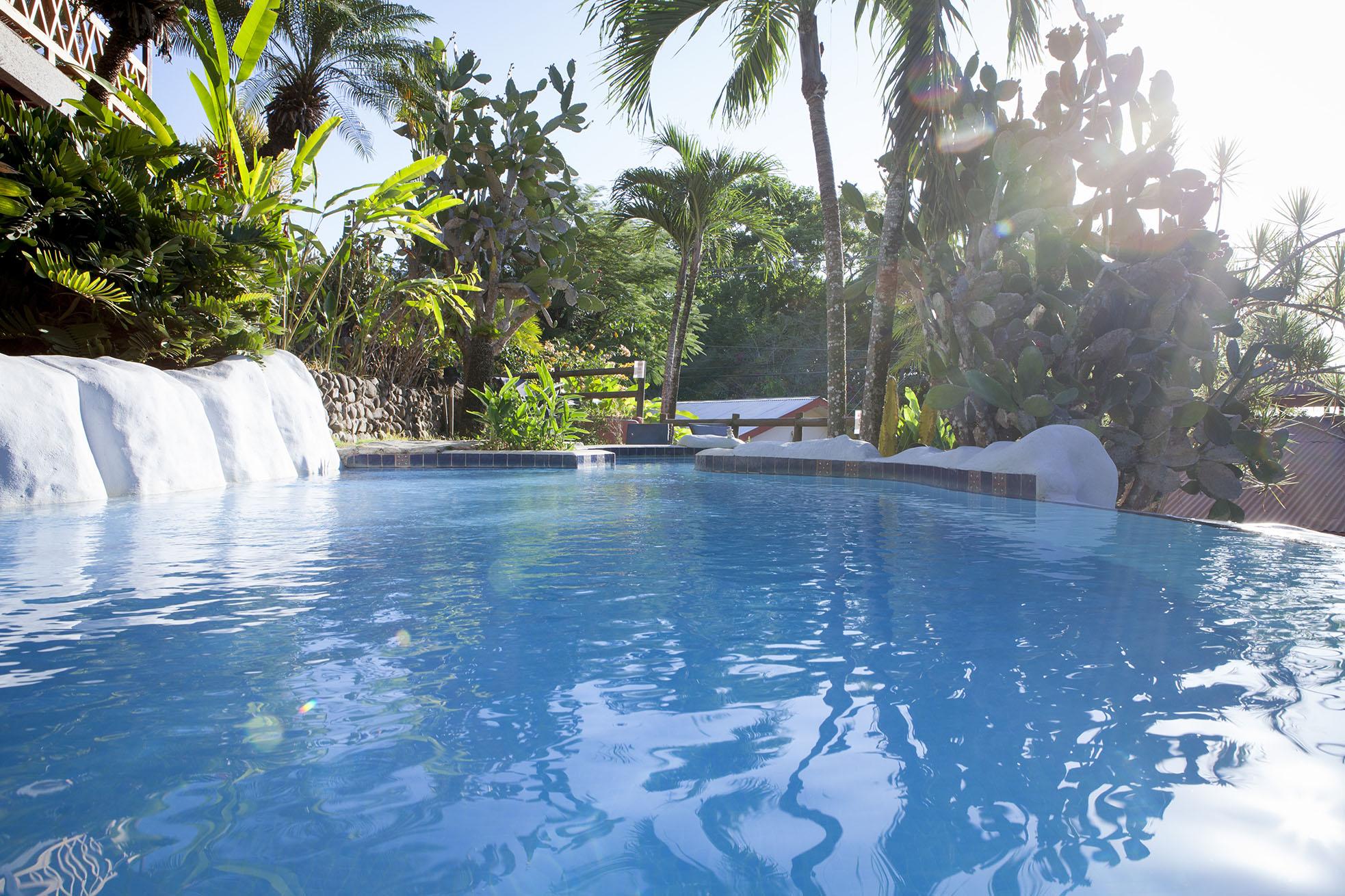 Hotel El Jardín Swimming Pool Jacuzzi