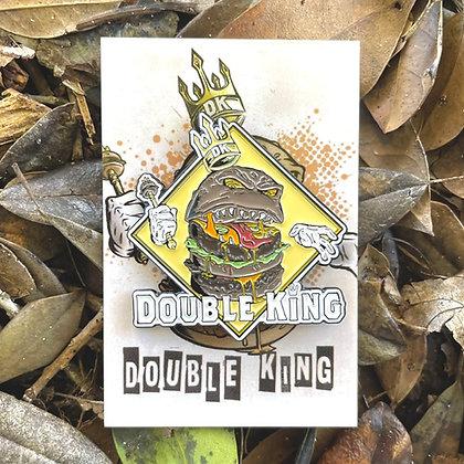 Double King [Enamel Pin]