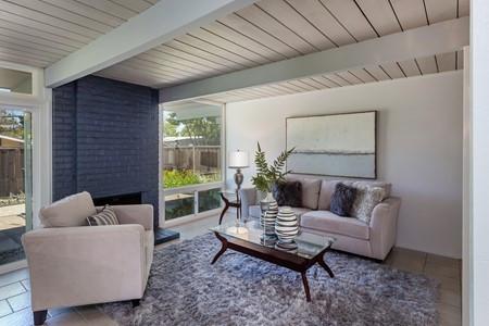 home staging living room3.jpg