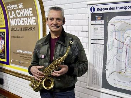 La musique portugaise dans les rues de Paris