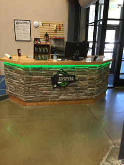 Retail desk