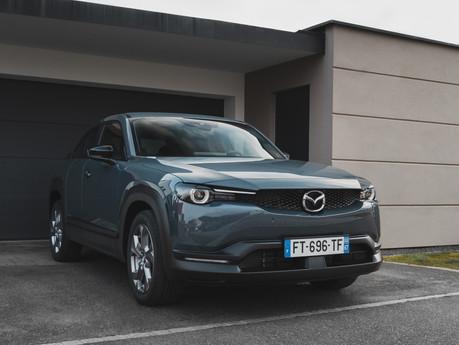 ESSAI - Mazda MX-30 : première tentative réussie ?