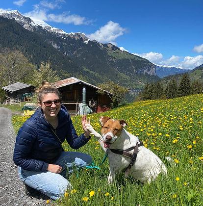 Hundetrainerin Johanna Starck mit Hund Mila