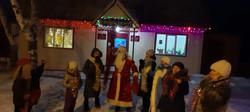 Новогоднее представление у ёлки в д. Крым-Сараево