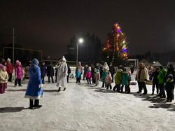 Новогоднее представление на центральной площади с. Ташкиново