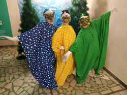 Участницы конкурса в карнавальных костюмах №3