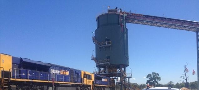 rail loadout.jpg