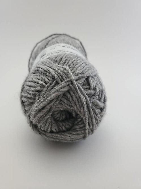 Manor Grey #33 Brown Sheep Lanaloft