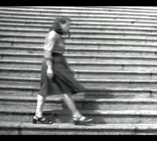 ANNA BELLA GEIGER Passagens II | 1974 Vídeo - Black and white