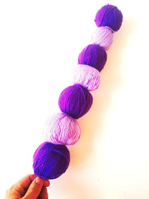 Les p'tites brochettes de l'été -- Brochette de Laine mauve et violette