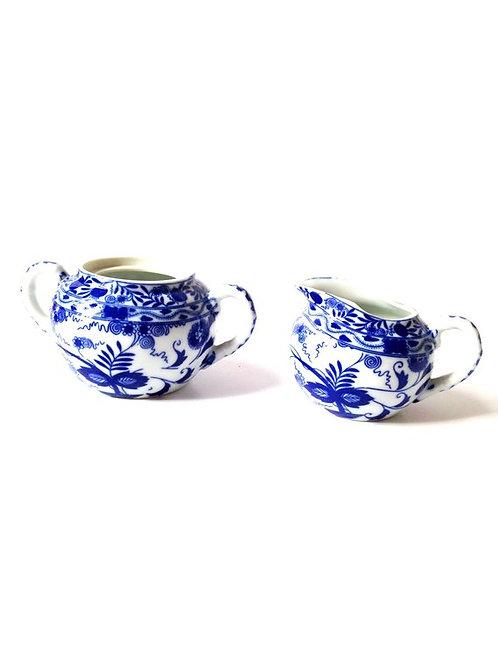 Sucrier et pot à lait en porcelaine fine de Chine, vintage