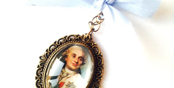 Sautoir LOUIS XVI, portrait miniature, histoire, bronze, noeud bleu ciel
