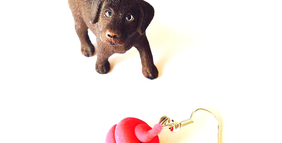 Boucles d'oreilles MÉDOR EST CONFUS, chien miniature, labrador chocolat