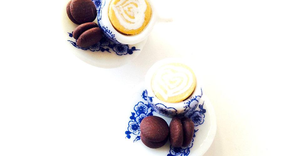 Boucles d'oreilles CLIPS, LE P'TIT LATTÉ, avec macarons miniatures au chocolat