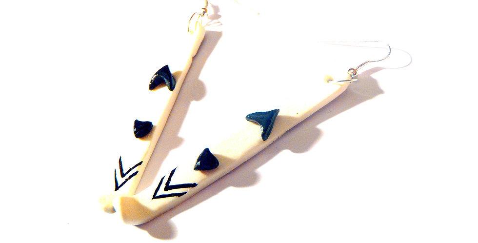 Boucles d'oreilles LES P'TITS SKIS, miniatures blanc / noir