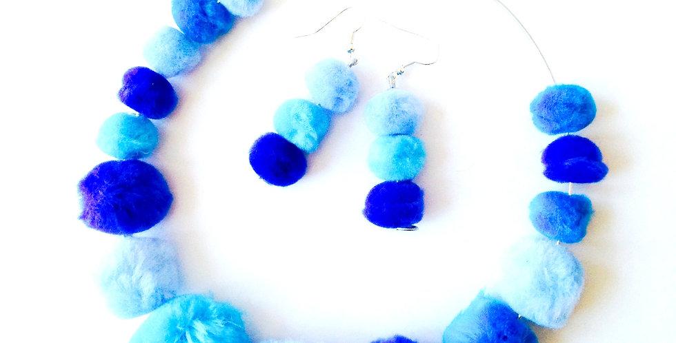 Parure POMPOMPIDOU, collier lagon + boucles pompompidou, perles fourrure