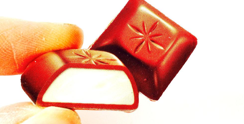 Broche COCONUT PARTY, carré de chocolat coco