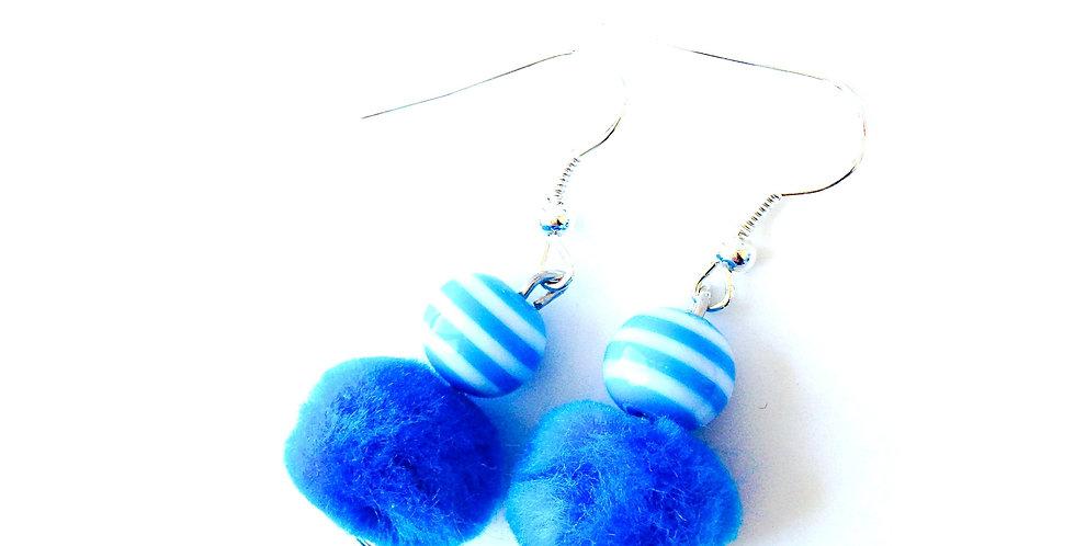 Boucles d'oreilles BEAUTÉ BLEUTÉE, fourrure et perle rayée