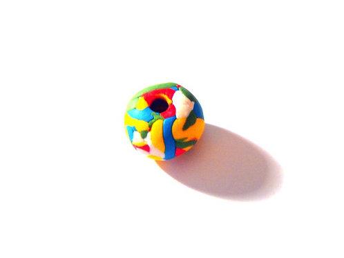 Grosse perle faite main multicolore, en fimo