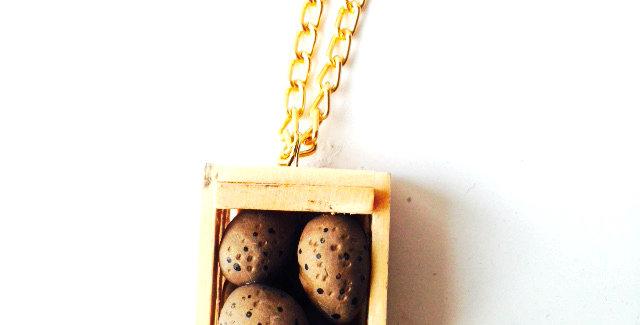 Collier bling bling cagette de patates, miniature