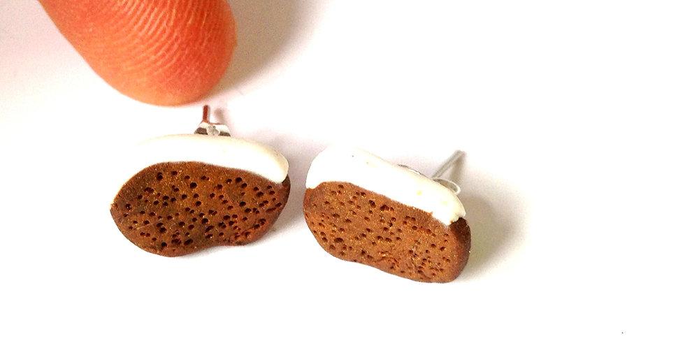 Puces d'oreilles TRANCHES DE CARROT CAKE, miniatures