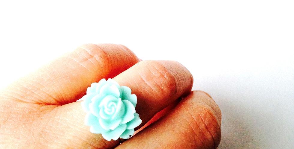 Bague LA ROSE MENTHE, fleur miniature, anneau argenté ajustable