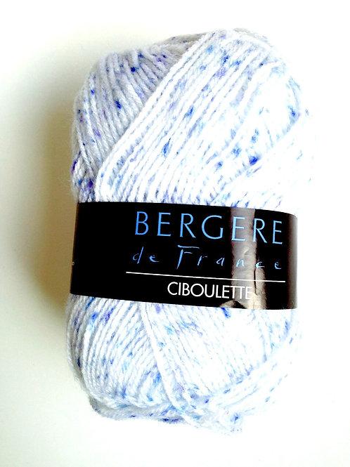 1 pelote de laine chinée Blanc / Bleu mélangée 50 grs, aiguilles 2.5/3