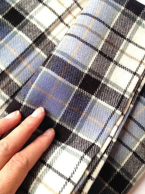 TARTAN écossais, pure laine vierge, BLEU CLAIR, 140 x 95cm, fabriqué en Ecosse