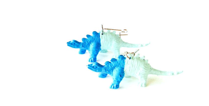 Boucles d'oreilles LES MI-NOSAURES, bleus / menthe, plastique, dormeuses