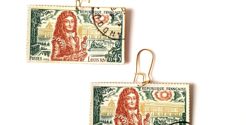 Boucles LE SELFIE DE LOUIS XIV, timbres vintage