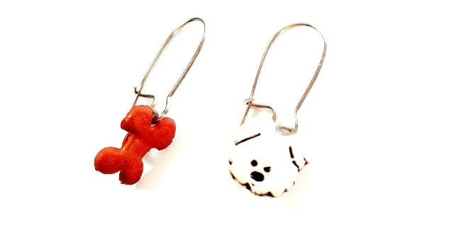 Boucles d'oreilles LE NOSSE, petit chien et son os