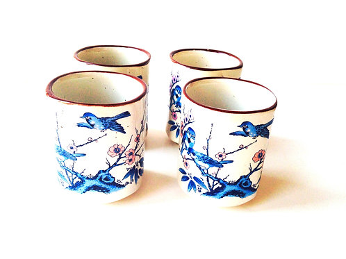 4 Tasses en grès motif bleu oiseaux du Japon, vintage